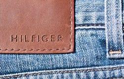 джинсыы hilfiger Стоковое Фото
