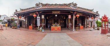 Джорджтаун, Penang/Малайзия - около октябрь 2015: Панорама виска Cheng Hoon Teng китайского буддийского в Джорджтауне, Penang стоковые фото