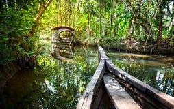 джунгли шлюпки подпоров Стоковая Фотография