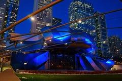 Джэй Pritzker Pavillion на ноче, парк тысячелетия, Чикаго Стоковое Фото