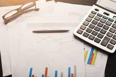 Диаграммы калькулятора и дела с кредитной системой Стоковые Изображения