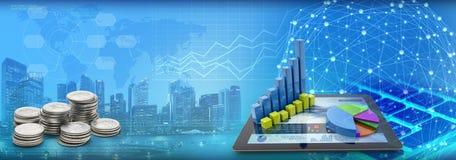 Диаграммы на планшете и монетки с предпосылкой городского пейзажа голубой бесплатная иллюстрация