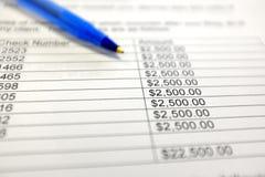 Диаграммы ручки и денег с знаком доллара диаграмм Стоковая Фотография
