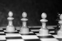 Диаграммы шахмат на доске черная белизна Стоковая Фотография