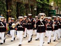 Диапазон морской пехоты Нью-Йорка - Соединенных Штатов, США во время демонстрации для публики на парке Bryant для морского пехоти стоковое изображение