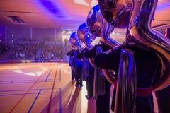 Диапазон музыки играя живую музыку во время представления Стоковое фото RF