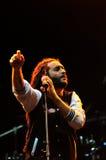 Диапазон Alborosie от ямайки выполняет в реальном маштабе времени на концерте Стоковое Изображение