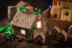 Дивный коттедж пряника рождества Стоковая Фотография RF