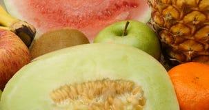 Диета и dieting здоровые естественные свежие фрукты сток-видео