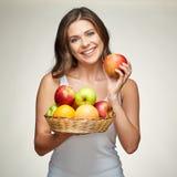 Диета плодоовощ для молодой здоровой женщины с яблоками и цитрусом Стоковое фото RF