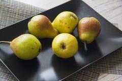 Диетическая еда: груши Стоковое Изображение RF