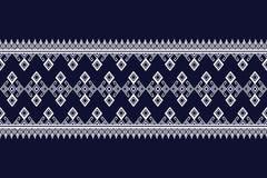 Дизайн геометрической этнической картины традиционный для предпосылки, ковра, обоев, одежды, оборачивая, батика, ткани, саронга Стоковое Фото