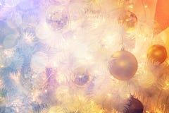 Дизайн интерьера комнаты рождества, дерево Xmas украшенное Pr светов Стоковая Фотография RF