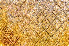 Дизайн искусства цветка золота тайский Стоковая Фотография