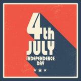 Дизайн карточки Дня независимости Соединенных Штатов Америки винтажный Длинный плакат тени в ретро стиле grunge Стоковая Фотография