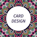 Дизайн карточки с флористическим фиолетовым орнаментом Стоковое Фото