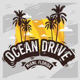 Дизайн лета Miami Beach Флориды привода океана с иллюстрацией пальм Стоковые Фотографии RF