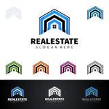 Дизайн логотипа вектора недвижимости с домом и экологичность формируют, изолированный на белой предпосылке Стоковые Изображения RF