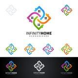 Дизайн логотипа вектора недвижимости с домом и экологичность формируют, изолированный на белой предпосылке Стоковое фото RF