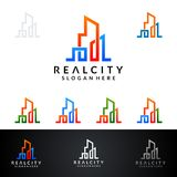Дизайн логотипа вектора недвижимости с домом и экологичность формируют, изолированный на белой предпосылке Стоковое Фото
