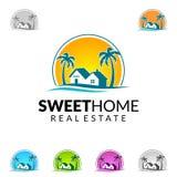Дизайн логотипа вектора недвижимости с уникально домом Стоковое Изображение RF