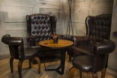 Дизайн мебели винного бара стоковые изображения rf