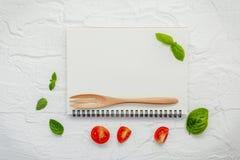 Дизайн меню еды предпосылки и еды Различный ингридиент трав Стоковое Изображение RF