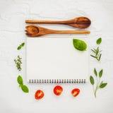 Дизайн меню еды предпосылки и еды Различный ингридиент трав Стоковая Фотография RF