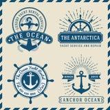 Дизайн морских, навигационных, мореплавания и морского логотипа insignia винтажный иллюстрация штока