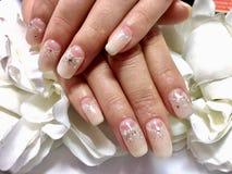 Дизайн ногтей для невесты Стоковое Изображение RF