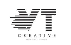 Дизайн логотипа письма зебры VT v t с черно-белыми нашивками Стоковые Фотографии RF