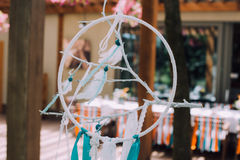 Дизайн праздника на праздник детей в стиле boho, вечеринке по случаю дня рождения волшебных детей Рамка дизайна с feath птицы Стоковая Фотография RF