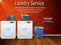Дизайн прачечной с корзиной стиральных машин и одежд на предпосылке кирпичной стены Стоковое фото RF