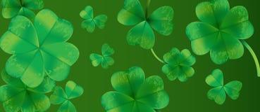 Дизайн предпосылки дня Patricks Святого с зелеными падая лист клеверов Ирландская удачливая иллюстрация для поздравительной откры Стоковое Изображение