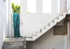 Дизайн случая лестницы от покинутого здания Стоковое Фото