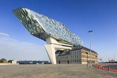 Дизайн Zaha Hadid, порт Антверпена размещает штаб на рассвете, Антверпене, Бельгии Стоковое Изображение RF
