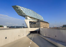 Дизайн Zaha Hadid, порт Антверпена размещает штаб на рассвете, Антверпене, Бельгии Стоковые Фотографии RF