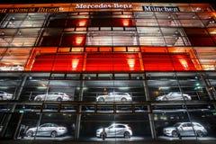 Дилерские полномочия Benz Мерседес в Мюнхене Стоковая Фотография RF
