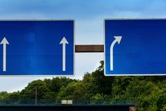 Дирекционный знак на шоссе a 3 Стоковые Фото