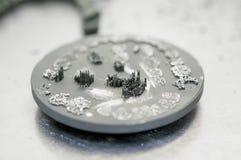 Диск после резать кроны зуба зубоврачебные созданные на принтере 3d для металла Стоковое фото RF
