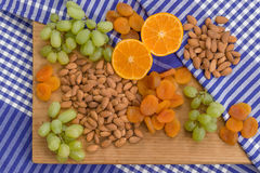 Диск плодоовощ и гайки Стоковая Фотография RF