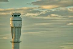Диспетчерская вышка авиапорта Стоковые Фотографии RF