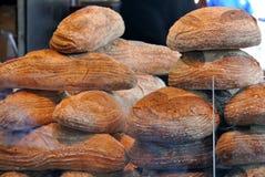 Дисплей хлеба, который нужно продать Стоковая Фотография RF