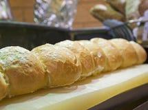 Дисплей хлеба на шведском столе гостиницы Стоковое Изображение RF
