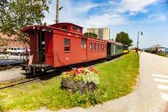 Дисплей музея поезда вдоль следа велосипеда в Портленде, Мейне Стоковые Фото