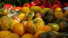 Дисплей томата на рынке стоковые фотографии rf