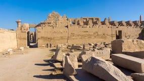 Дистантный взгляд к древнему храму Стоковое Изображение