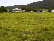 дистантный сельский дом стоковая фотография