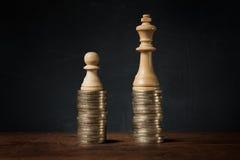 Дифференциация доходов между богачами и бедными стоковые изображения