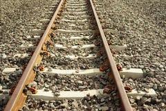 Длина поезда станции железнодорожного пути стоковые изображения